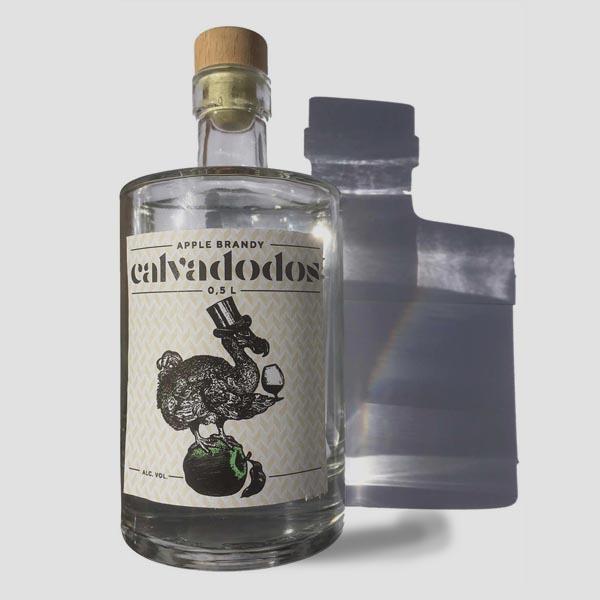 Verpakking ontworpen voor fles Calvadodos